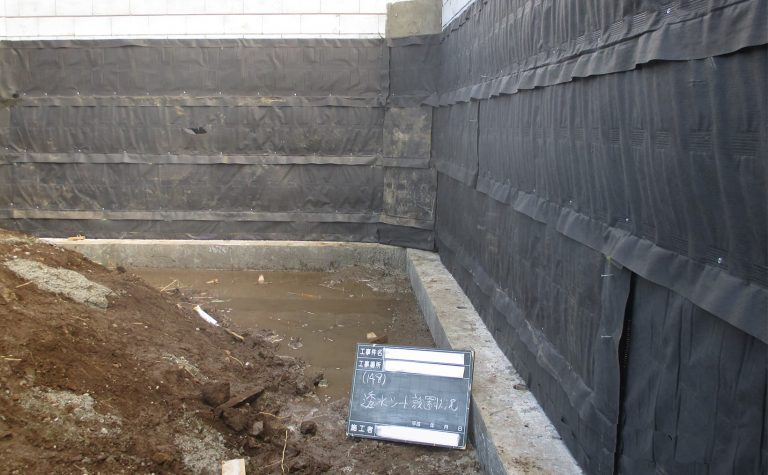 エンドレンマット宅地擁壁用透水マット