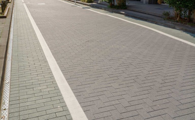 車道統一型インターロッキングブロック